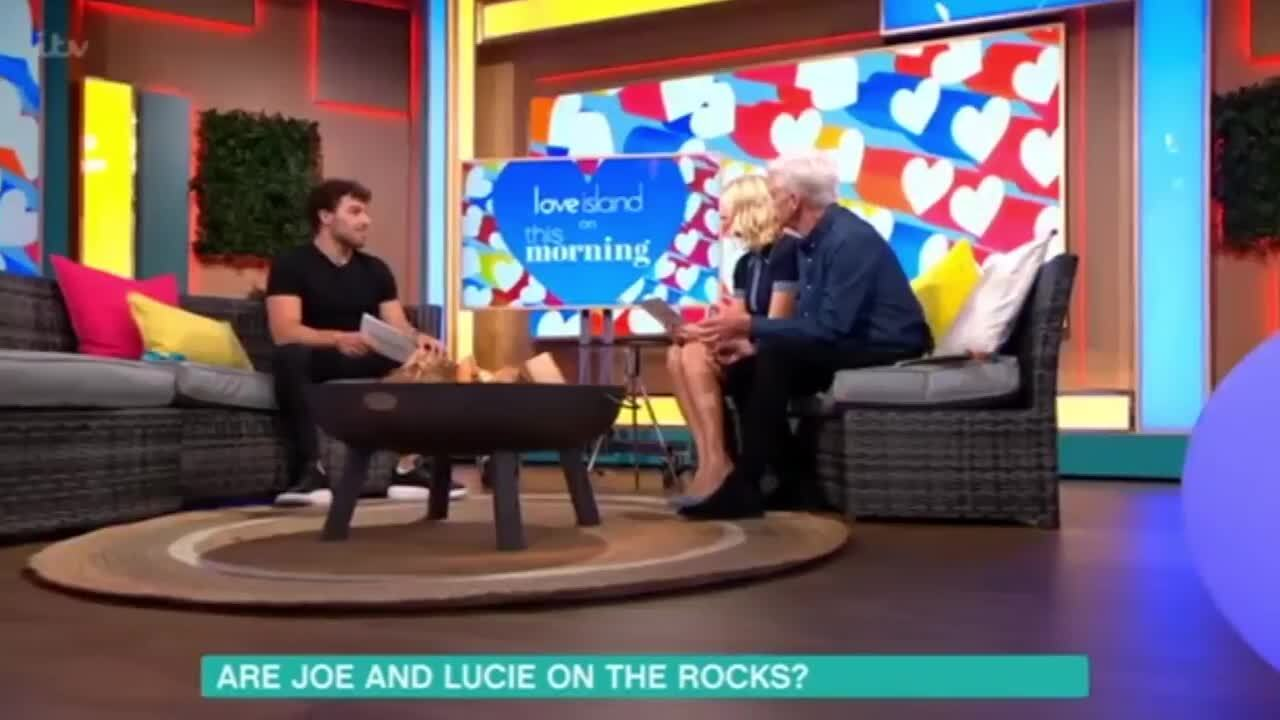 Holly Willoughby calls out Love Island's Joe for 'uncool' treatment of Lucie as she blames 'insecurities'