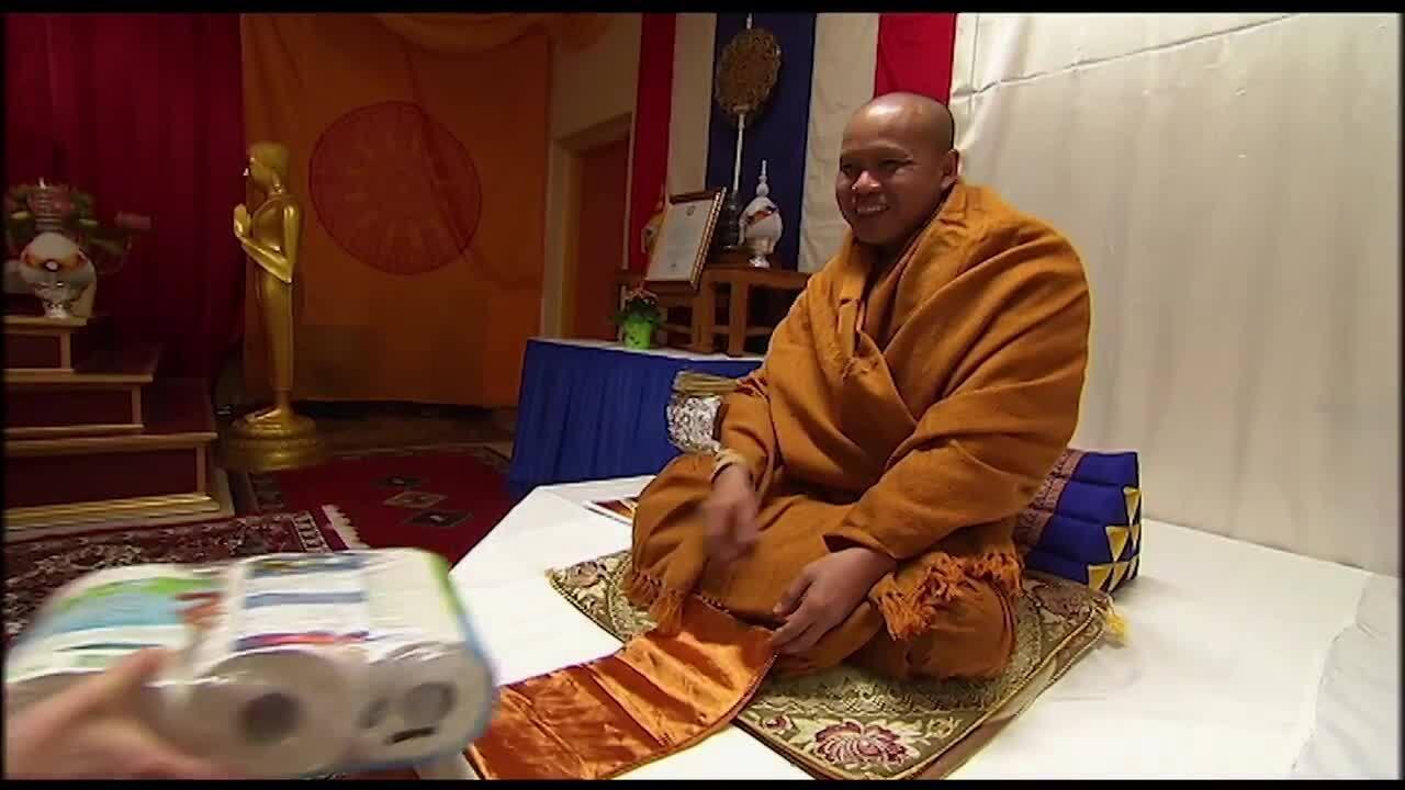 Från Sverige till himlen - Thaibuddism