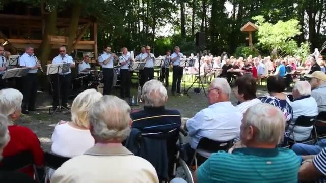 Auftritt Blasmusikformation des Bundespolizeiorchesters in Bad Düben