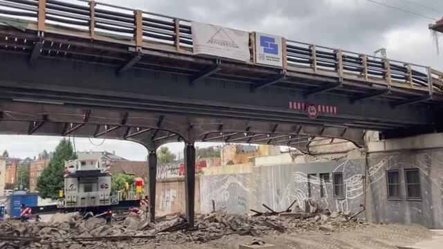 Abriss der Bahnbrücke in Dresden-Plauen