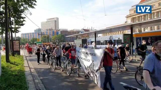 Flughafen-Demo auf dem Leipziger Ring