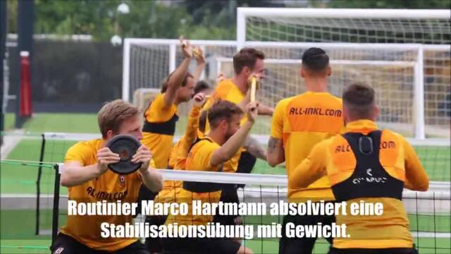 Dynamo Dresden trainiert im Beisein der Fans