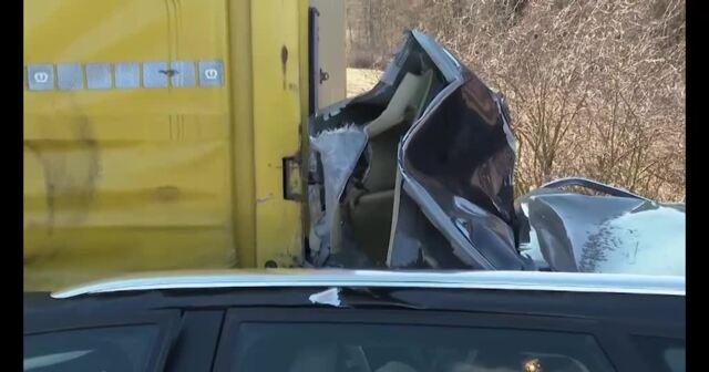 Mann und Kind (4) bei Unfall auf A19 schwer verletzt (Video: Stefan Tretropp | 08.03.2021)