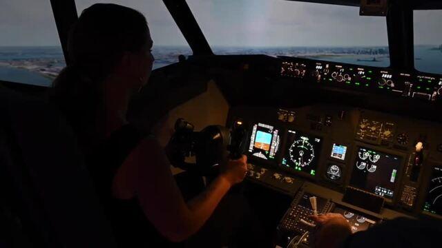 Einmal Boing 737 fliegen – in einem Flugsimulator in Rostock (Video: Martin Börner, 13.7.2021)