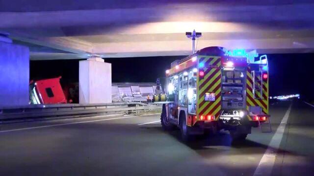 Schwerer LKW Unfall auf A1