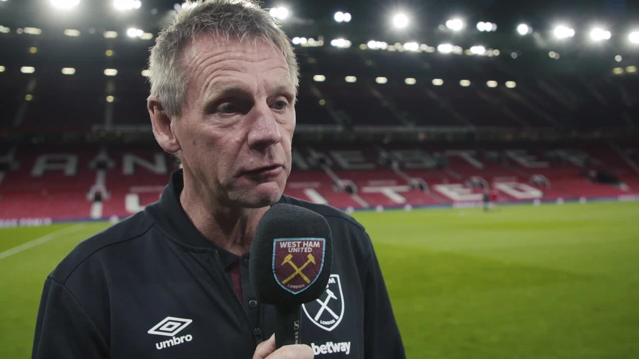 Man Utd 0-1 West Ham: Stuart Pearce 'delighted' with result