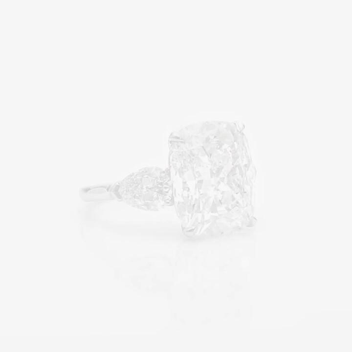 Cushion Cut Diamond High Jewellery Ring