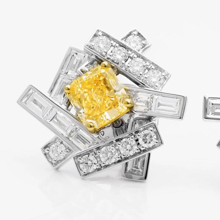 Threads Yellow and White Diamond Stud Earrings