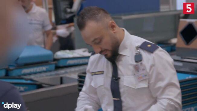 Passagers bagage testes positiv på eksplosiver: Se hvad der så sker