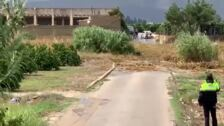 Un vecino graba cómo un pequeño riachuelo se convierte en una impresionante riada