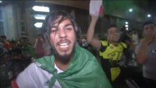 Miles de argelinos celebran la victoria de su selección en la Copa África