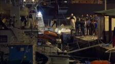 Desembarca en Italia un barco con 82 personas rescatadas en el Mediterráneo
