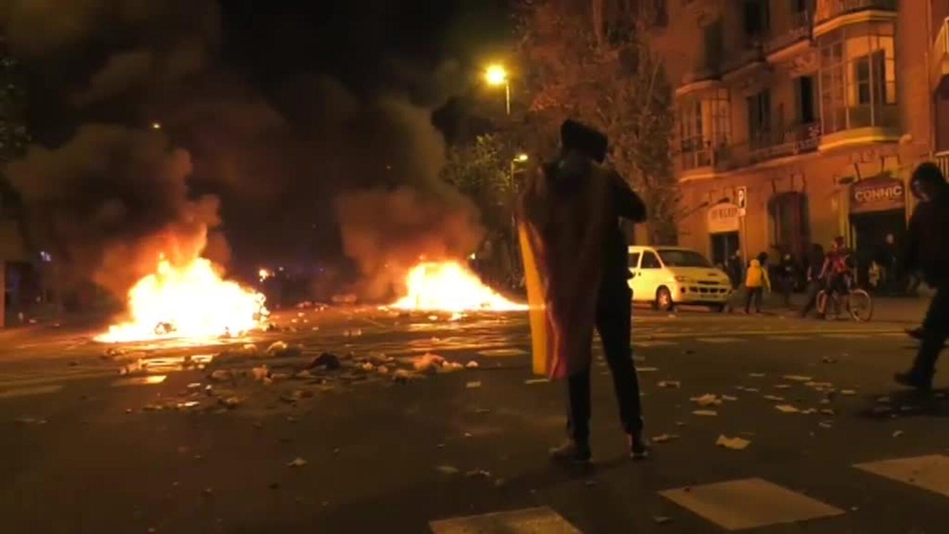 Barcelona arde en su tercera jornada de manifestaciones