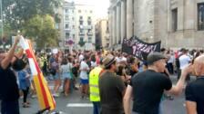 """Más de 500 personas se manifiestan en Barcelona por """"más seguridad"""""""