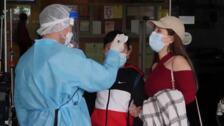 """FMI alerta de que coronavirus puede hacer """"descarrilar"""" recuperación económica"""