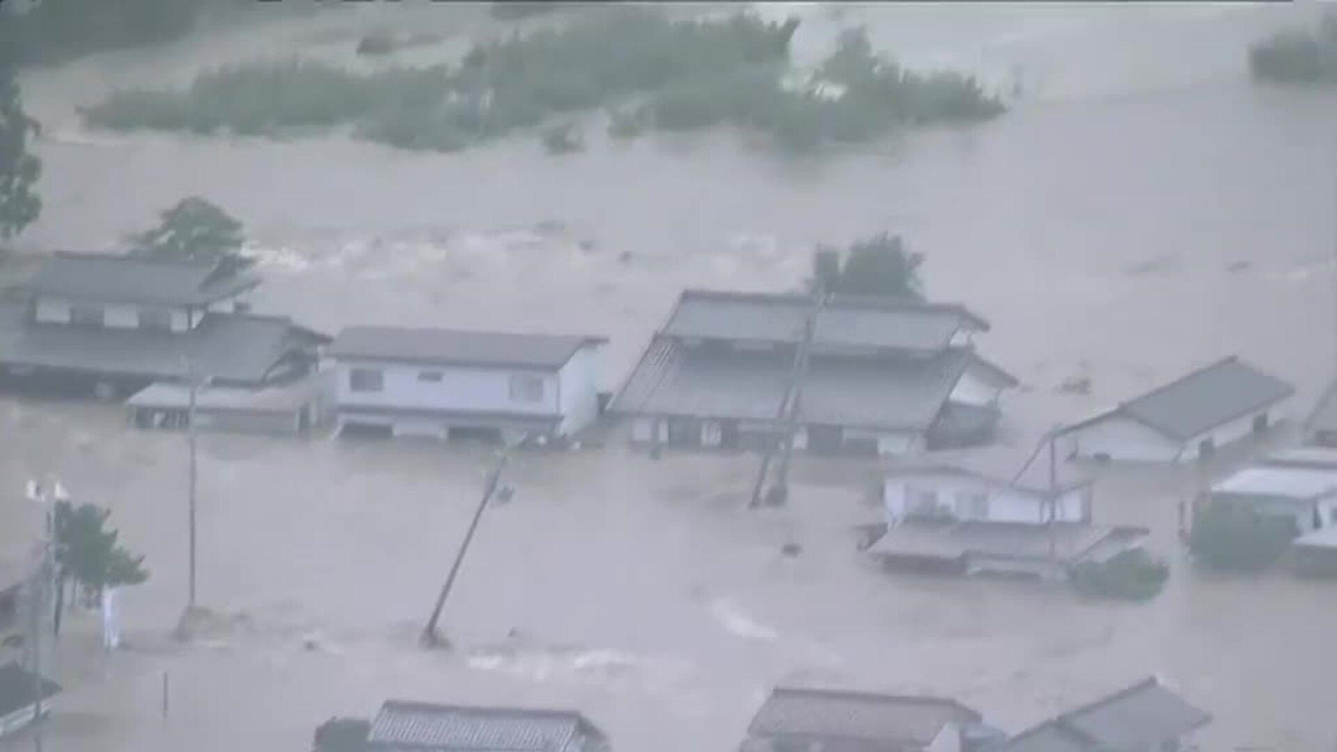 Mueren al menos veinte personas en Japón por el azote del tifón Hagibis