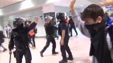 Al menos un detenido en el intento de la 'toma independentista' de El Prat