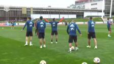 La selección española entrena por última vez antes de viajar a Oslo