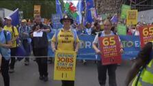 Miles de europeístas se manifiestan en Londres contra el Brexit