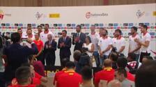Pedro Sánchez despide a la Selección antes del Mundial de China