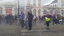 Detienen a 300 activistas de 'Extinction Rebellion' durante una protesta en Bruselas