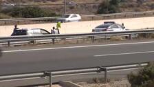 Fallecen tres personas en la AP7 a la altura de El Campello al colisionar dos vehículos