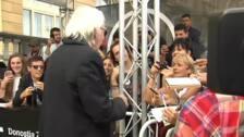 Donald Sutherland y su perro conquistan el corazón de los cinéfilos en San Sebastián