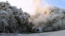 Rápida demolición de 144 pisos en 4 torres en Emiratos Arabes con una explosión controlada