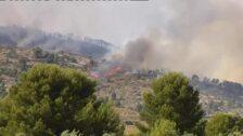 Los bomberos siguen sin controlar el incendio de Alicante