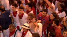 Pamplona despide los Sanfermines con 'Pobre de mí'