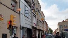 Gritos de 'libertad' ante el domicilio de uno de los independentistas detenidos