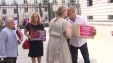 Más de un millón de firmas para pedir la despenalización de la eutanasia