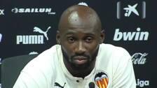 Mangala y Jaume Costa son presentados como nuevos jugadores del Valencia CF