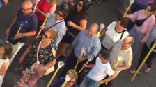 Fervor y emoción en la procesión de los ataúdes vacíos en A Pobra