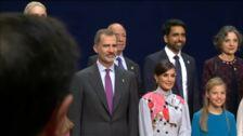 Los reyes, la princesa Leonor y la infanta Sofía reciben a los galardonados con los premios Princesa de Asturias