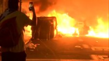 Los Mossos hacen un llamamiento a evitar la zona de Plaza Urquinaona por los violentos altercados