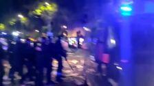 Siguen las cargas policialesen la manifestación de Barcelona
