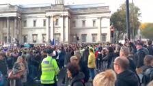 Británicos se concentran en Trafalguar Square en contra del Brexit