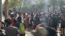 Miles de chilenos vuelven a las calles en una gran manifestación en Santiago