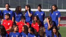 El Athletic de Bilbao presenta su equipo femenino