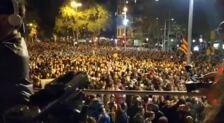 Los manifestantes de Barcelona cargan contra la prensa