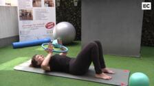 Tonifica el pecho con el aro de pilates