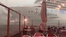 Un crucero pierde el control y siembra el pánico en Venecia