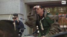 Un electrizante Asier Etxeandia abre el BBK Live en el centro de Bilbao