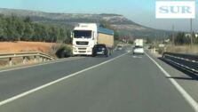 Así fue el accidente en el que un conductor drogado choca contra un camión tras invadir el sentido contrario