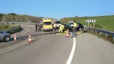 La colisión entre dos vehículos deja cinco heridos en Avilés