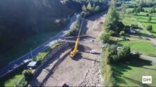 Colocación del nuevo puente de Ruente