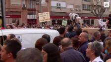 Un torrente de indignación recorre las calles de Murcia