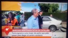 """""""¿Me vais a dejar pasar que estoy pariendo?"""": una embarazada, a los independentistas frente a Torra"""