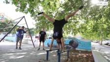 Jóvenes de la Zona Norte trabajan en la Ciudad del Aire, un parque para la práctica del parkour